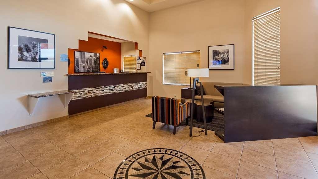 Best Western Inn of Chandler - Hall
