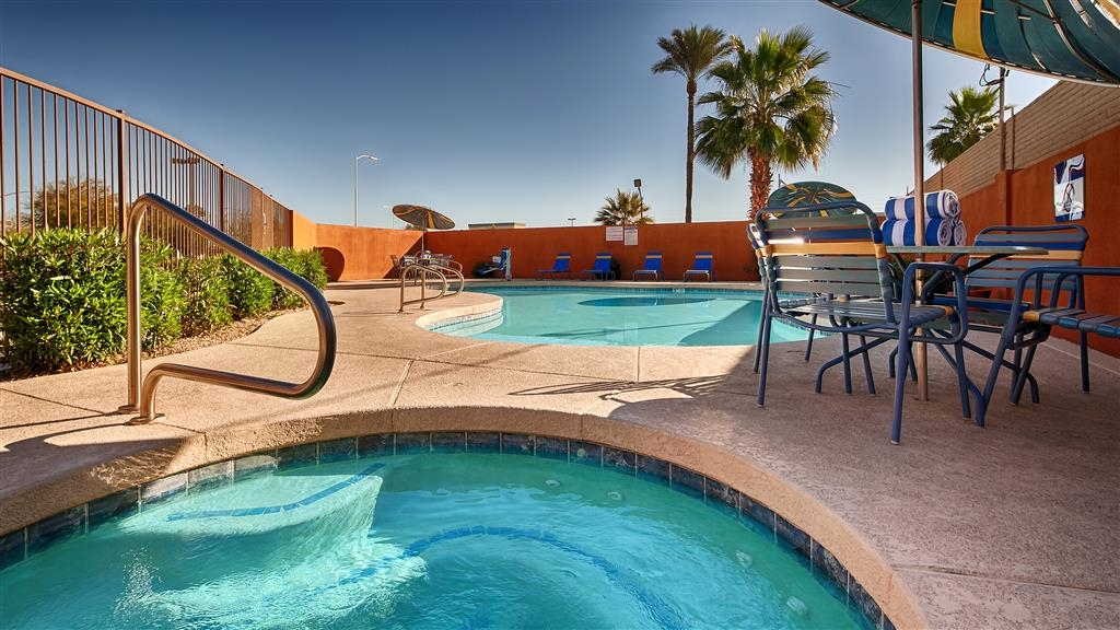 Best Western Inn of Chandler - Piscina al aire libre