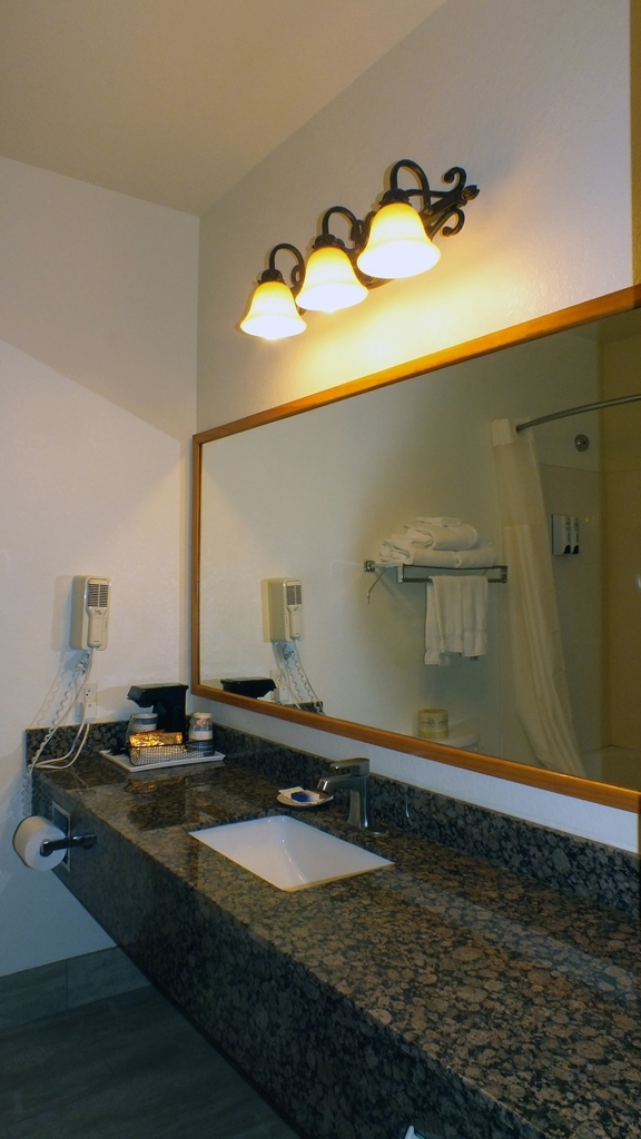 Best Western Gold Canyon Inn & Suites - Baño