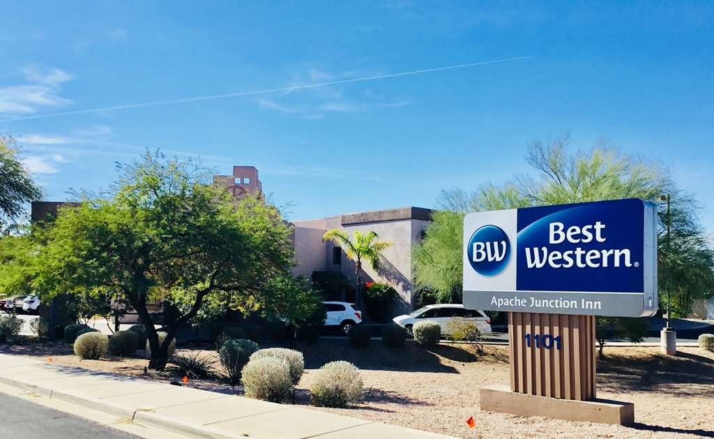 Best Western Apache Junction Inn - Facciata dell'albergo