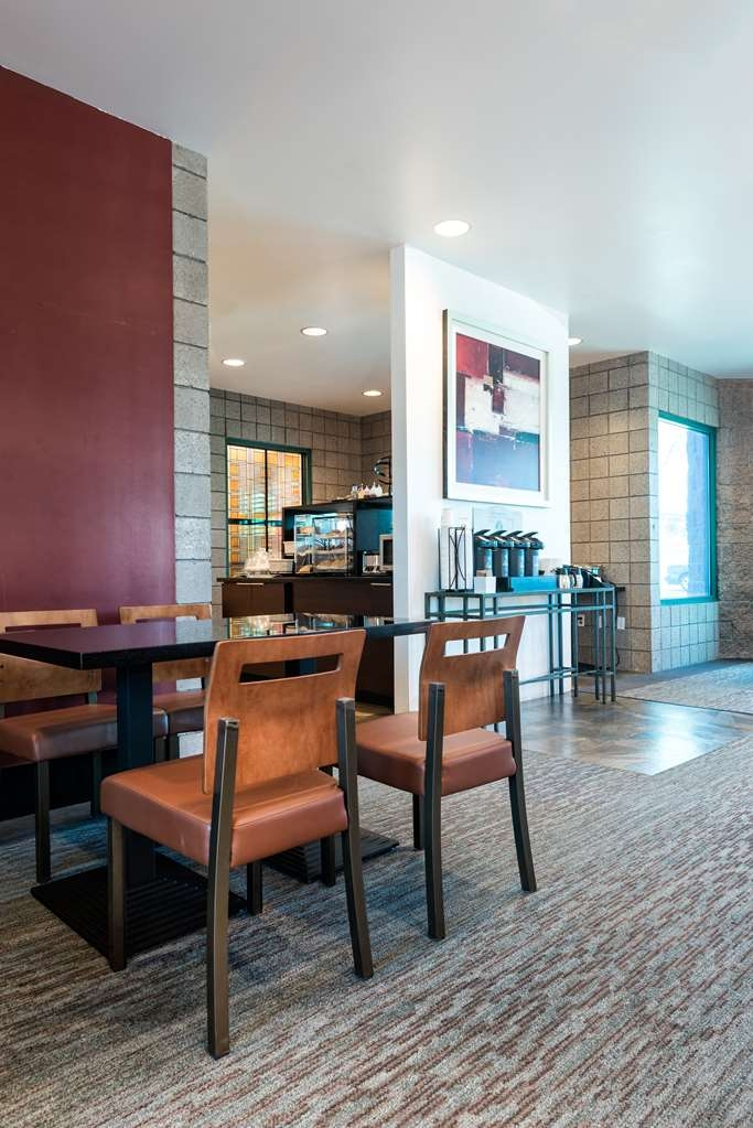 Best Western Plus Sundial - Dining