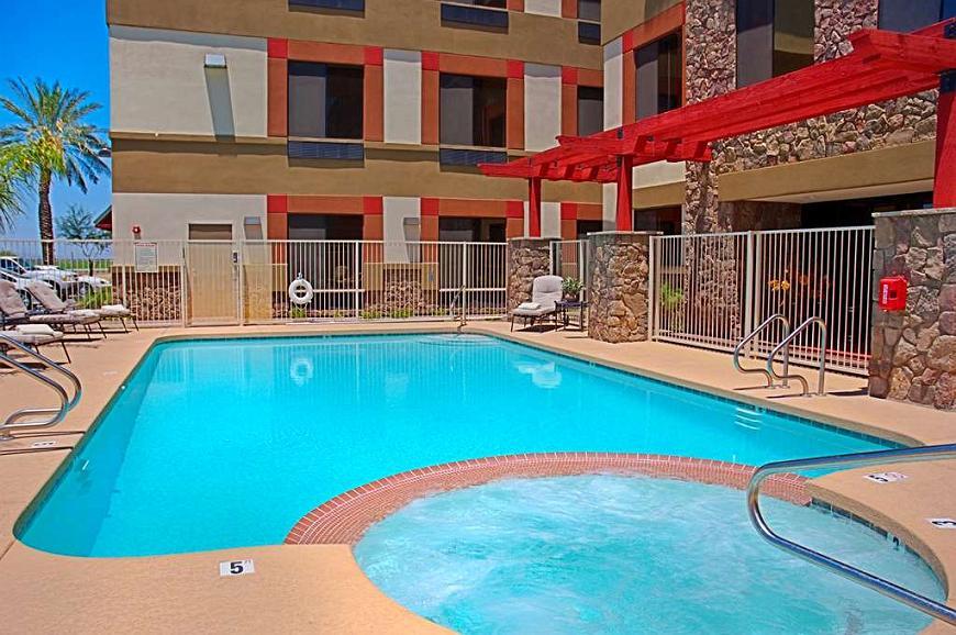 Best Western Legacy Inn & Suites - pool 1