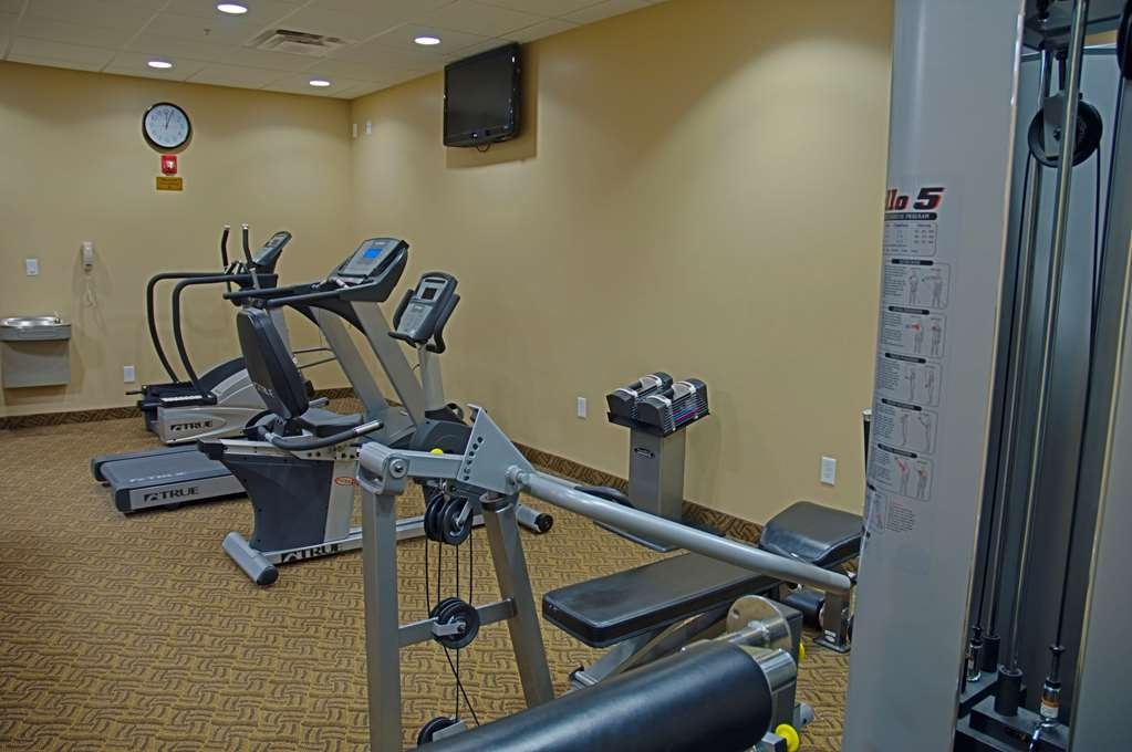 Best Western Legacy Inn & Suites - Keep up with your fitness routine at our exercise facility – open from 6 a.m. to 10 p.m.