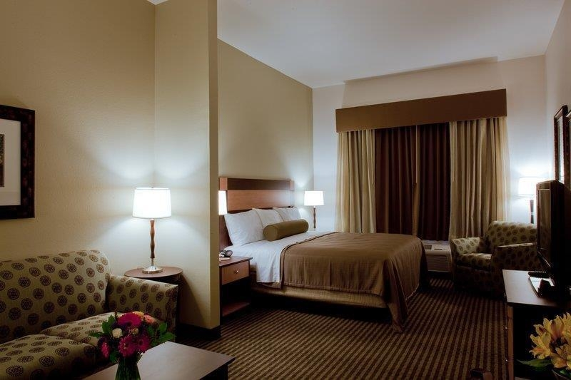 Best Western Legacy Inn & Suites - Suite king size