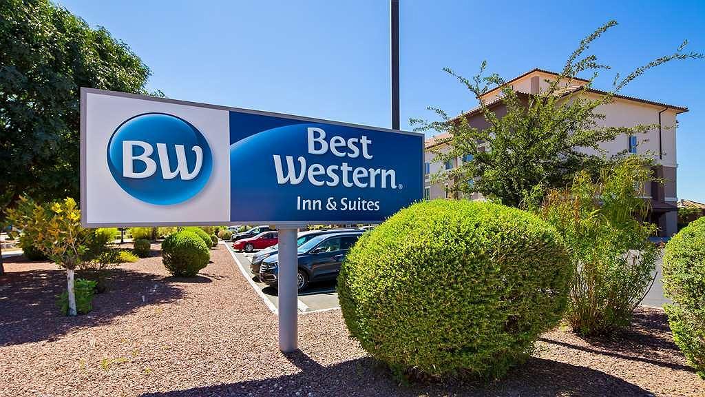 Best Western Douglas Inn & Suites - Aussenansicht