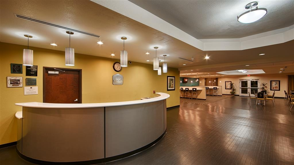 Best Western Douglas Inn & Suites - Rezeption