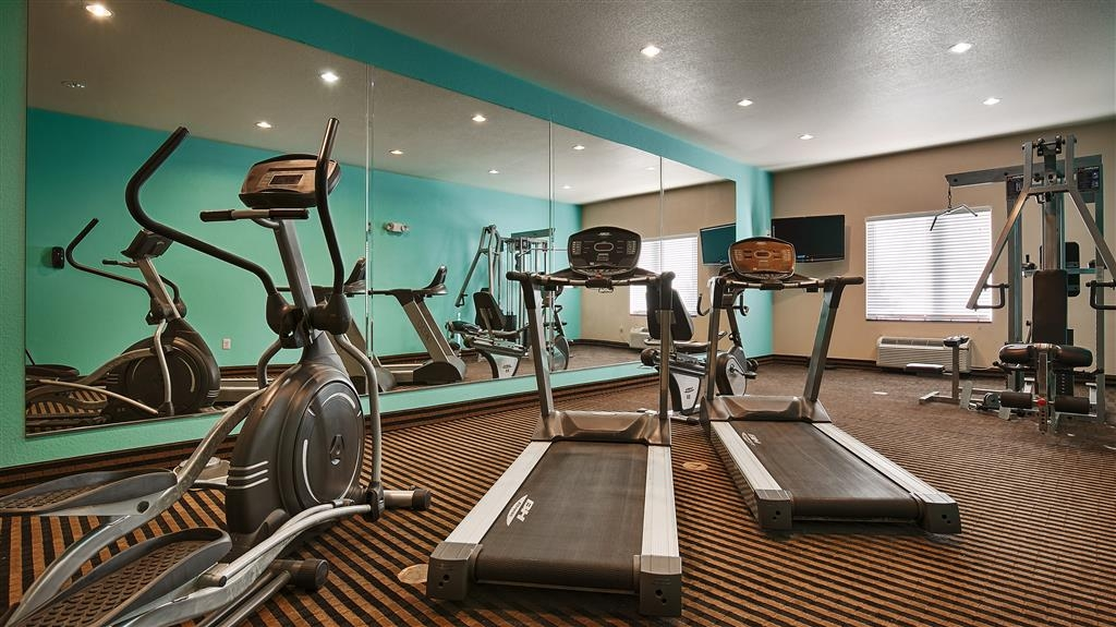 Best Western Sonora Inn & Suites - Re-energize with a great workout in our 24-hour fitness center.