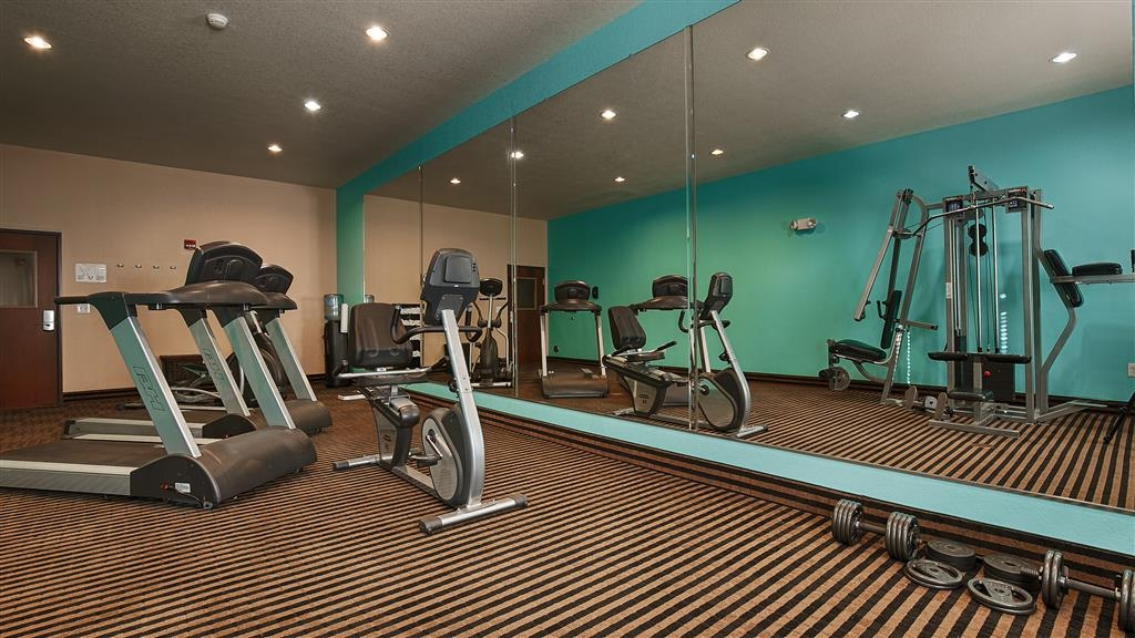 Best Western Sonora Inn & Suites - Fitness Center - treadmill, bike etc for workouts