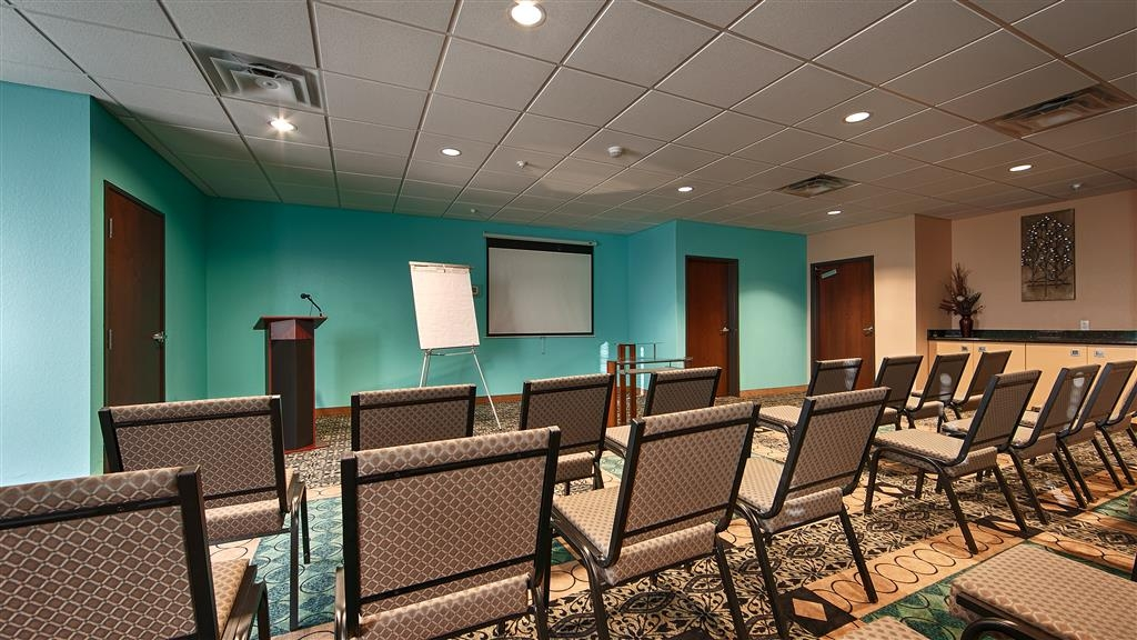 Best Western Sonora Inn & Suites - Our meeting room is perfect for moderate sized gatherings, presentations or seminars.
