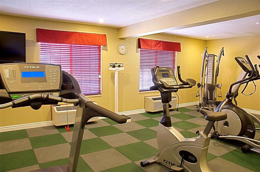 Best Western Green Valley Inn - Keep up with your exercise routine while visiting us.