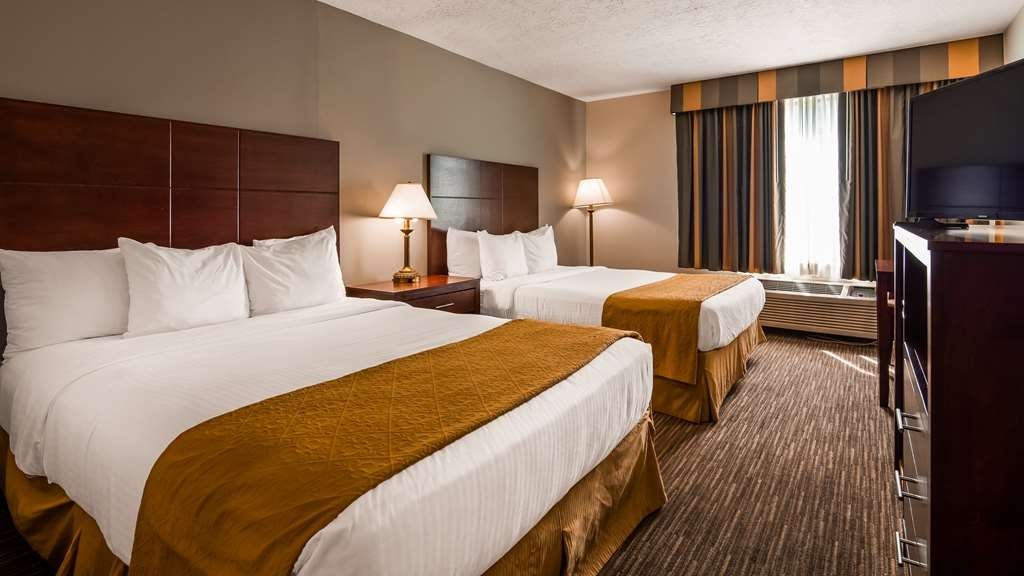 Best Western Green Valley Inn - Two Queen Bed Guest Room