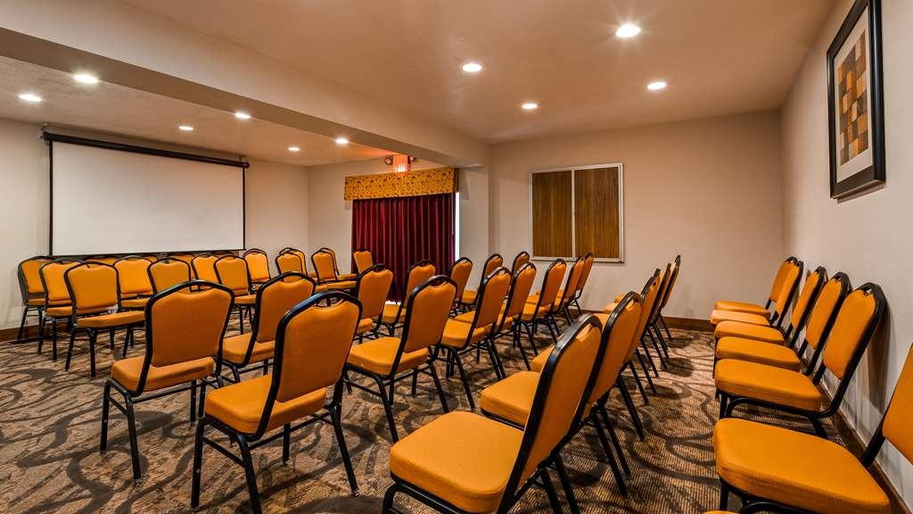 Best Western Green Valley Inn - Planning a meeting? Reserve the La Canada Meeting Room!