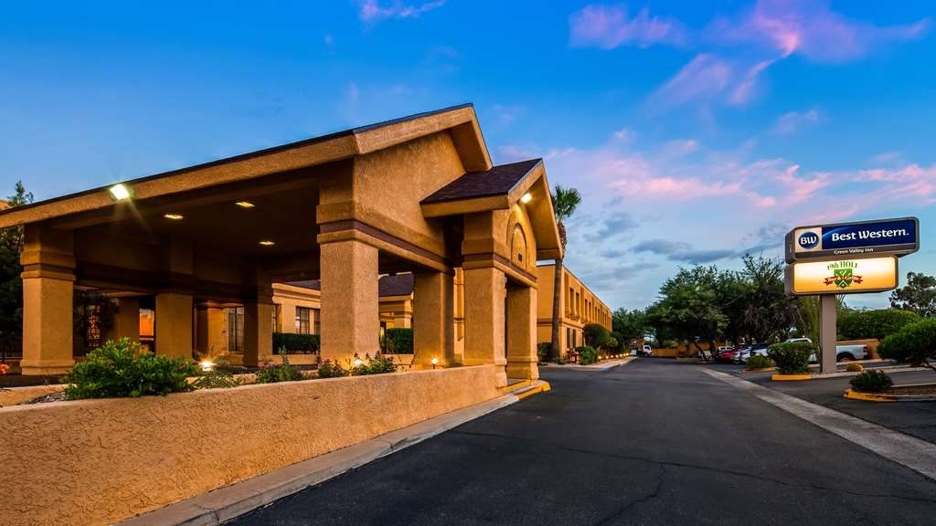 Best Western Green Valley Inn - We know you will enjoy the Arizona sunsets and your stay with us.