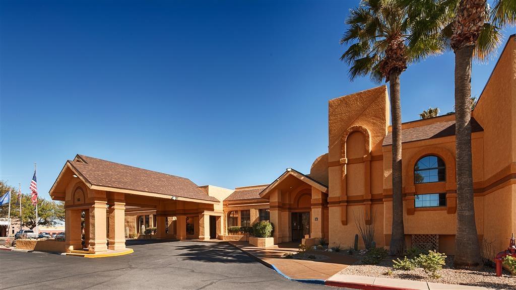 Best Western Green Valley Inn - Exterior