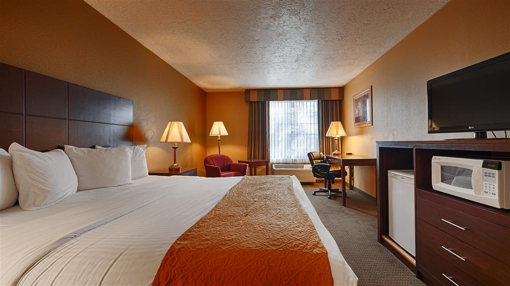 Best Western Green Valley Inn - Guest Room King Bed