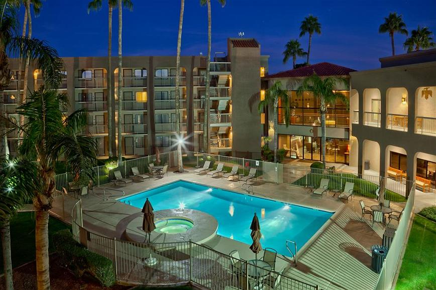 Best Western Plus Scottsdale Thunderbird Suites - Area esterna