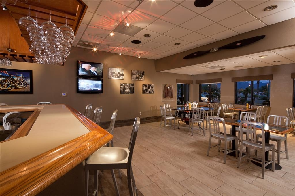 Best Western Plus Scottsdale Thunderbird Suites - Restaurante