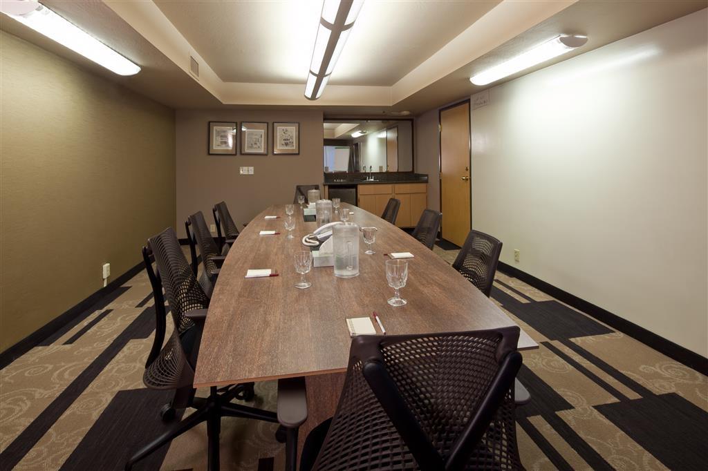 Best Western Plus Scottsdale Thunderbird Suites - Hap Arnold Meeting Room