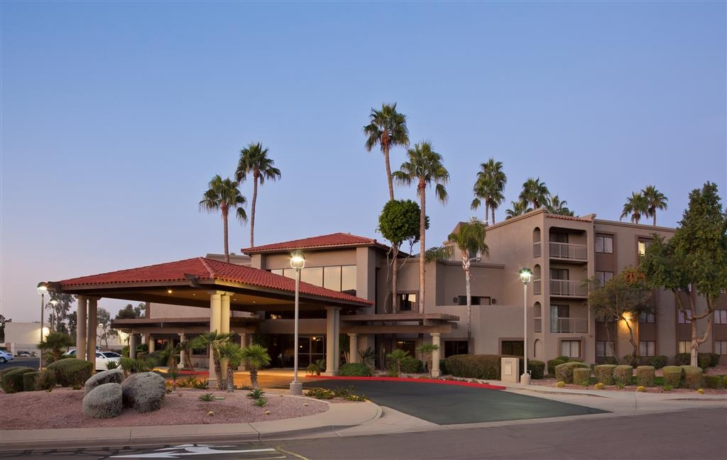 Best Western Plus Scottsdale Thunderbird Suites - Vista Exterior