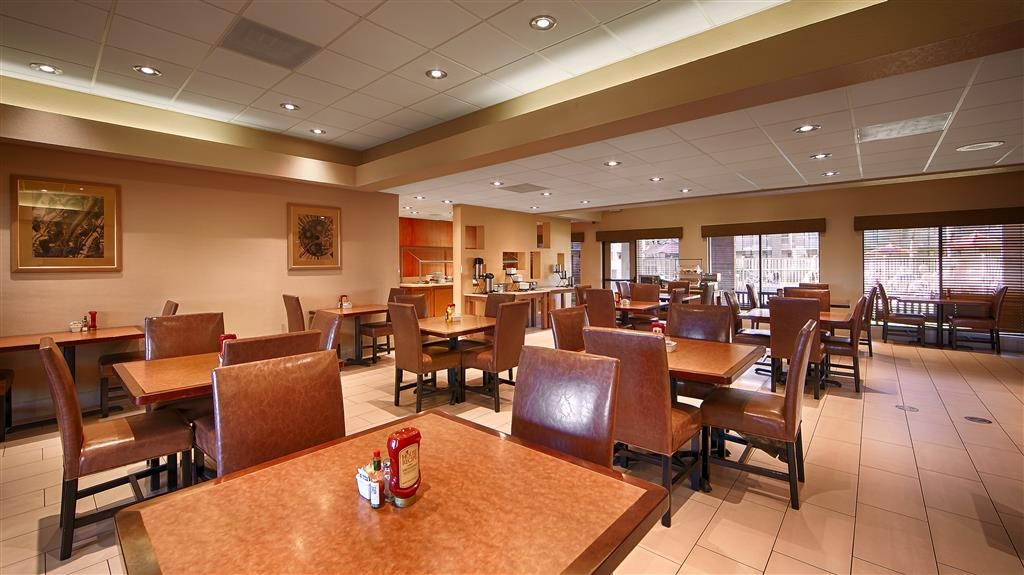 Best Western Plus Scottsdale Thunderbird Suites - Restaurantes