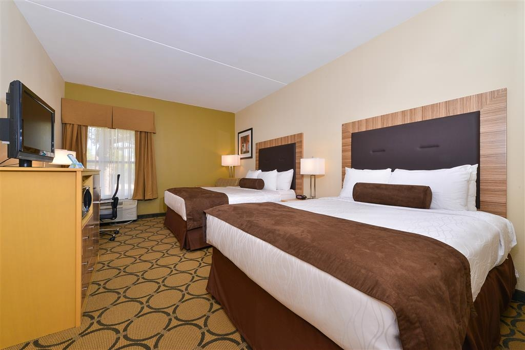 Best Western Plus Mesa - Queen Room