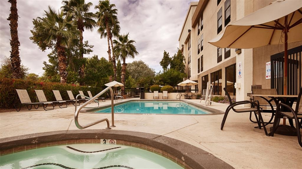 Best Western Plus Mesa - Piscina