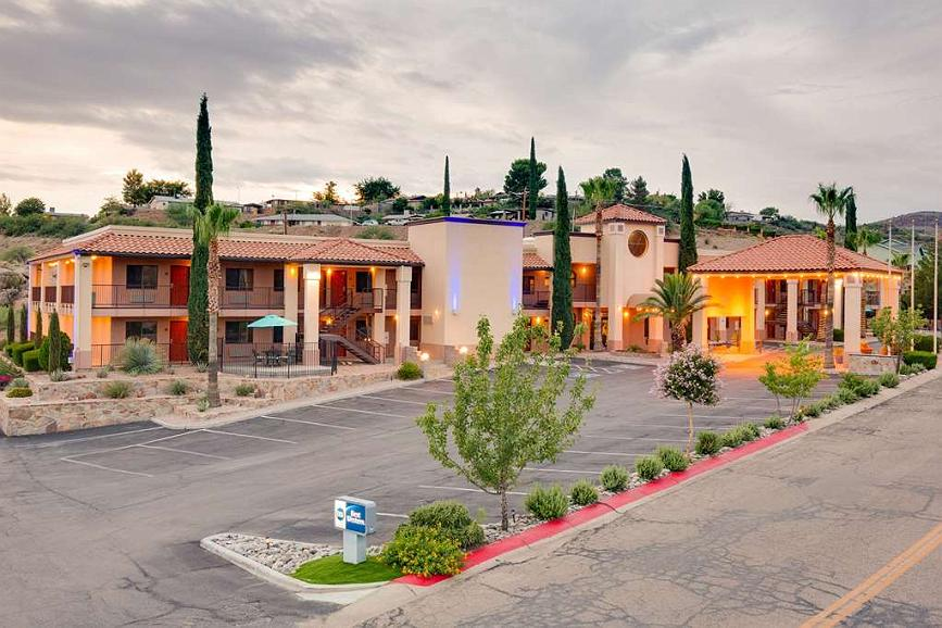 Best Western Copper Hills Inn - Time to check-in, to your home away from home!!