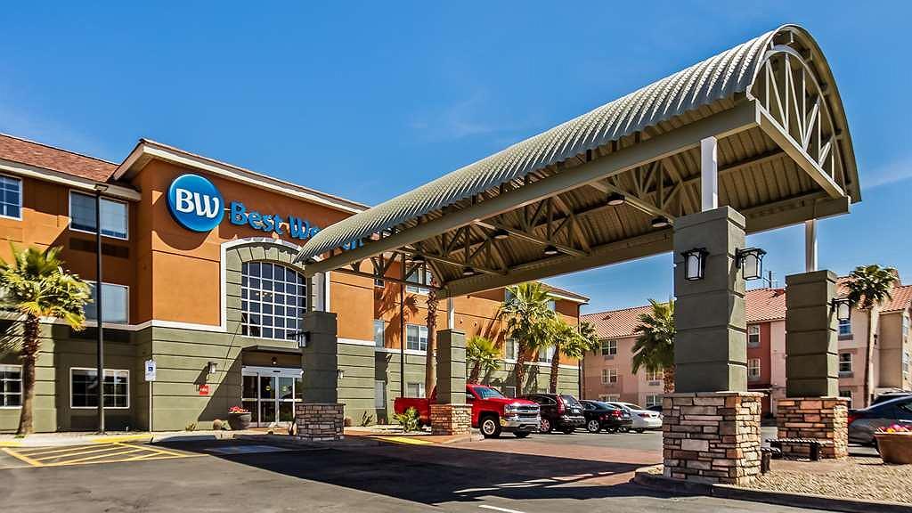 Best Western North Phoenix Hotel - Vista exterior