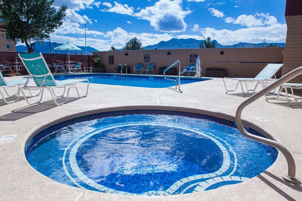 Best Western Plus Sun Canyon - Relax in our heated whirlpool.