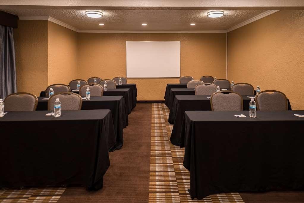 Best Western Airport Albuquerque InnSuites Hotel & Suites - Salle de réunion