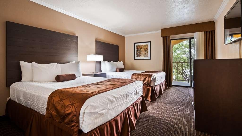 Best Western Airport Albuquerque InnSuites Hotel & Suites - Gästezimmer/ Unterkünfte