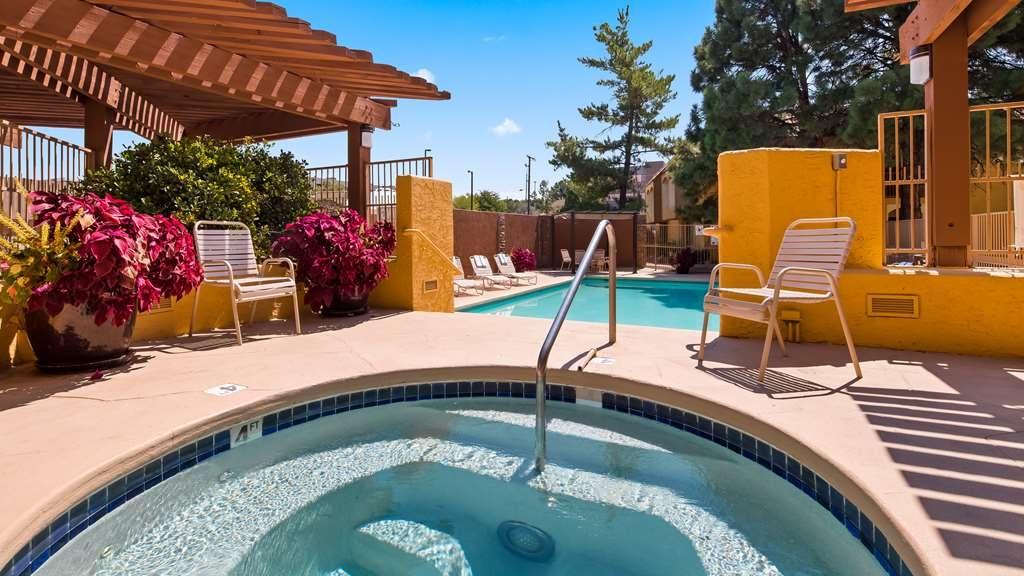 Best Western Airport Albuquerque InnSuites Hotel & Suites - Vue de la piscine