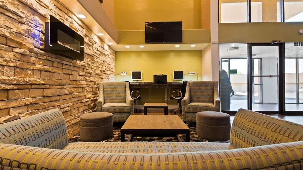 Best Western Airport Albuquerque InnSuites Hotel & Suites - Vue du lobby