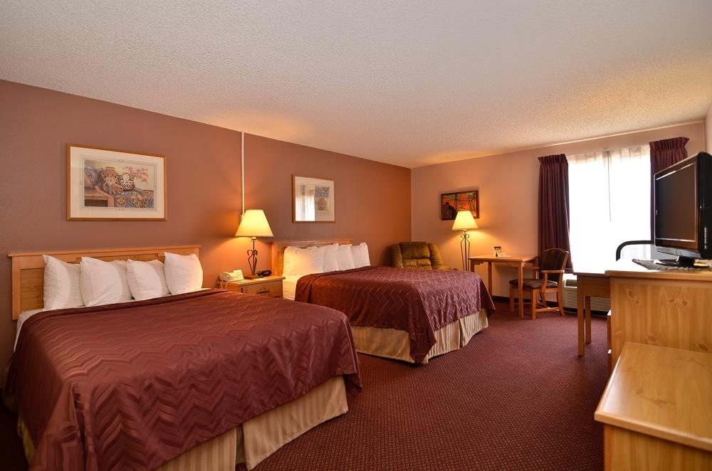 Best Western Pecos Inn - Double Queen Room