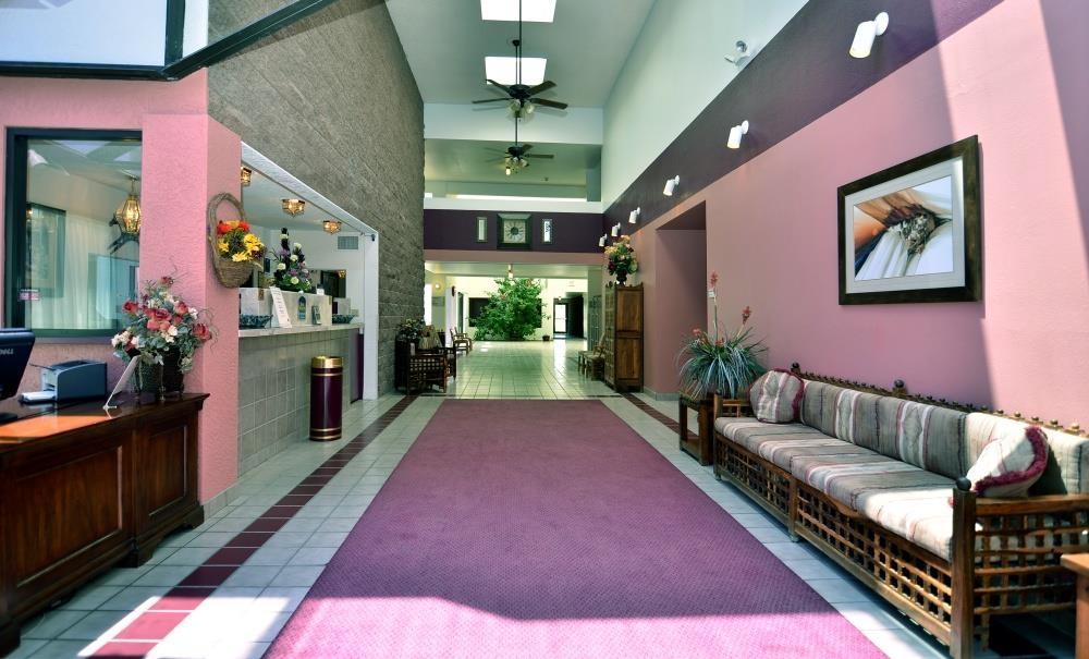 Best Western Pecos Inn - Vestíbulo del hotel