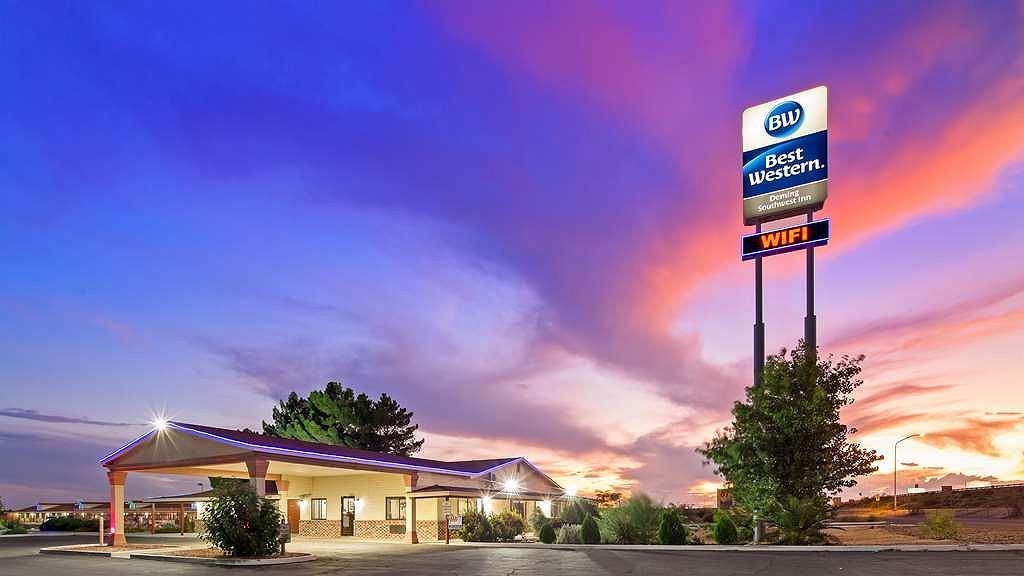 Best Western Deming Southwest Inn - Night Exterior