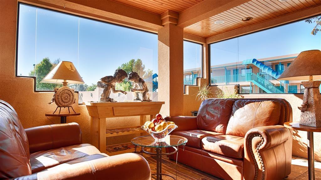 Best Western Kokopelli Lodge - Lobby