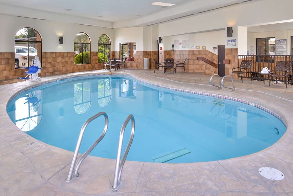Best Western Plus Inn of Santa Fe - Vista de la piscina