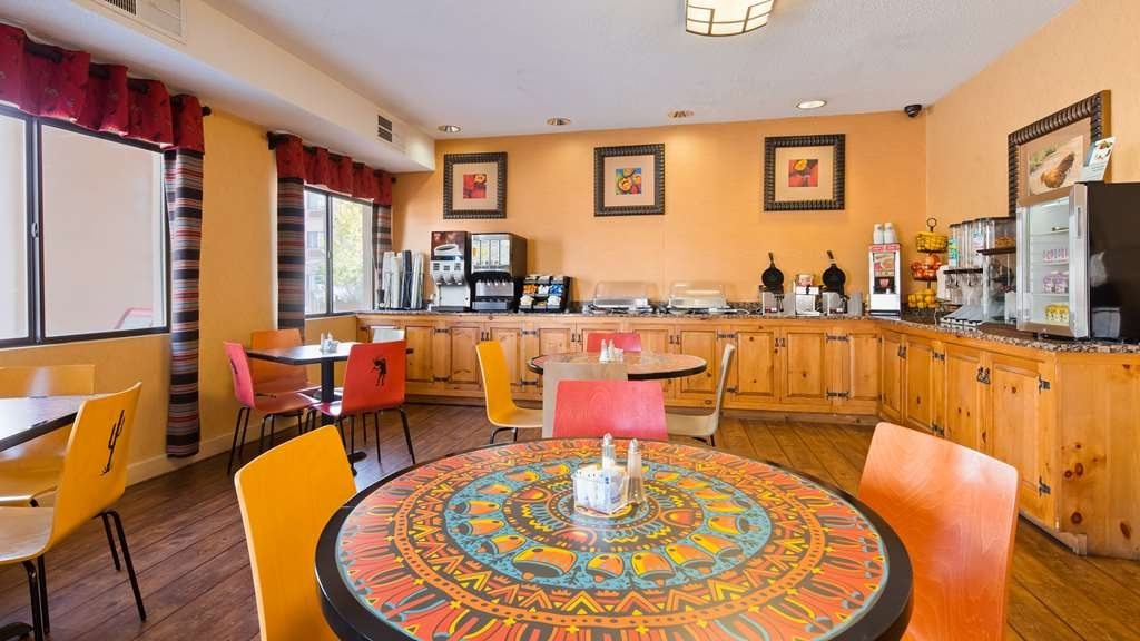 Best Western Plus Inn of Santa Fe - Prima colazione a buffet