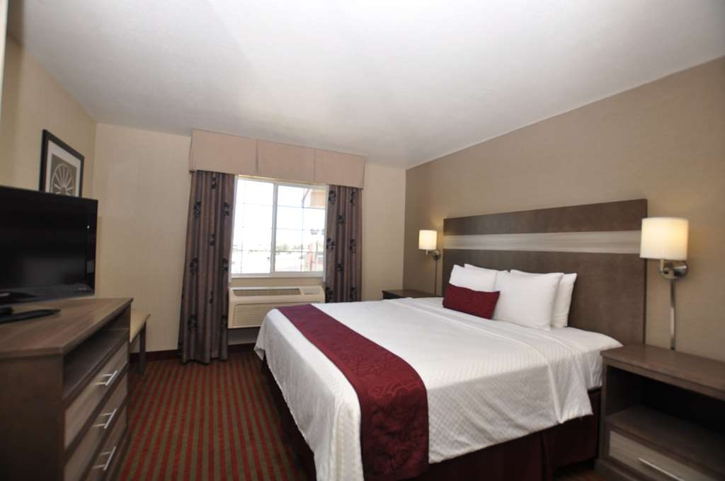 Best Western Plus Executive Suites - King Suite (One Bed)