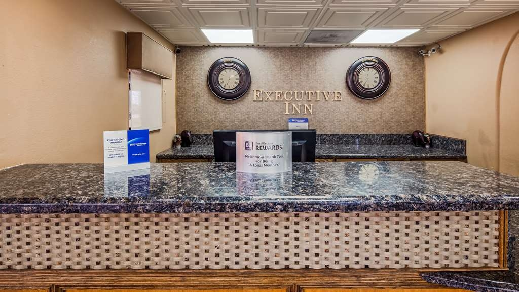 Best Western Executive Inn - A friendly staff member will be here to greet you when you arrive.