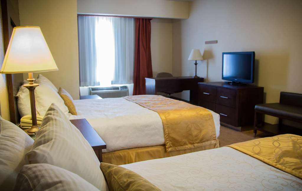 Best Western Plus Ruidoso Inn - No other Ruidoso hotel can compete with our oversized rooms
