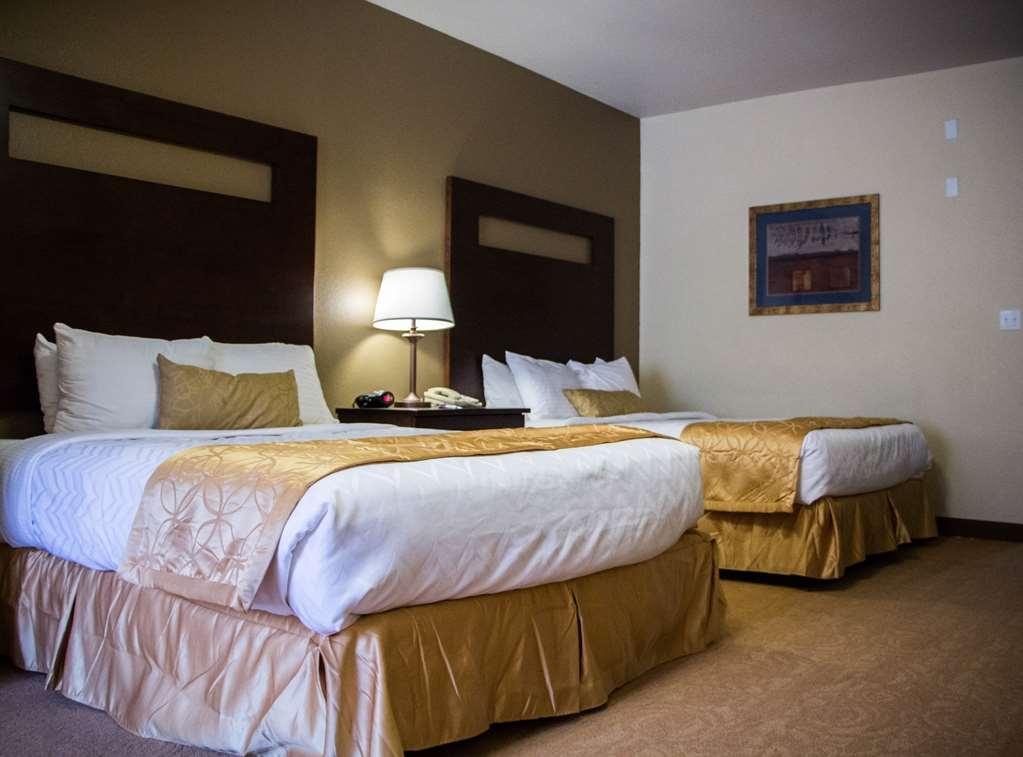 Best Western Plus Ruidoso Inn - 2 Queen Room