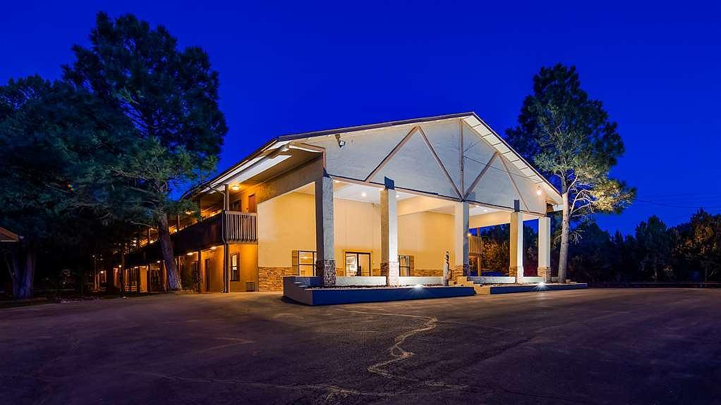 Best Western Pine Springs Inn - Aussenansicht