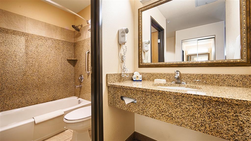 Best Western Territorial Inn & Suites - Badezimmer