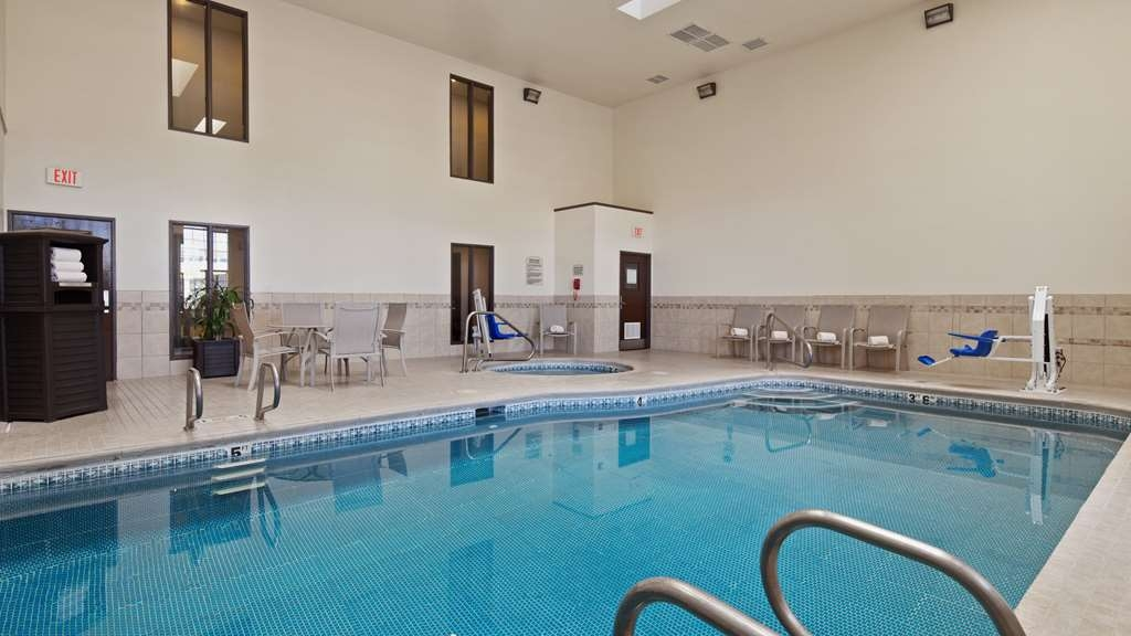 Best Western Socorro Hotel & Suites - Piscina