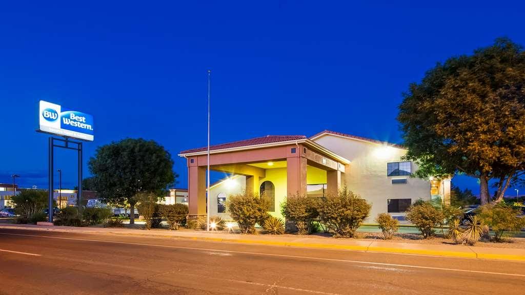 Best Western Socorro Hotel & Suites - Facciata dell'albergo