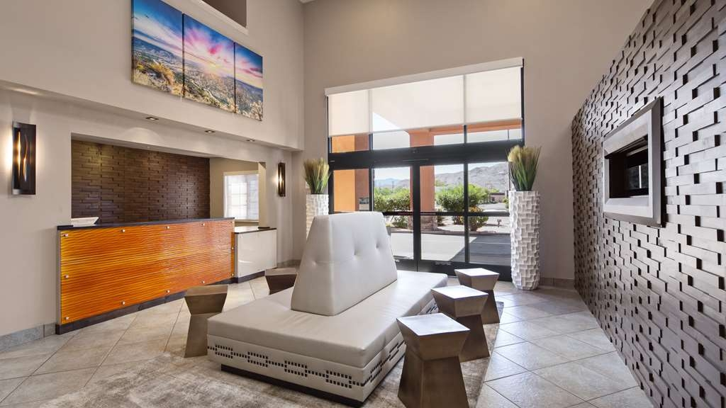 Best Western Socorro Hotel & Suites - Be greeted with a smile as soon as you arrive.