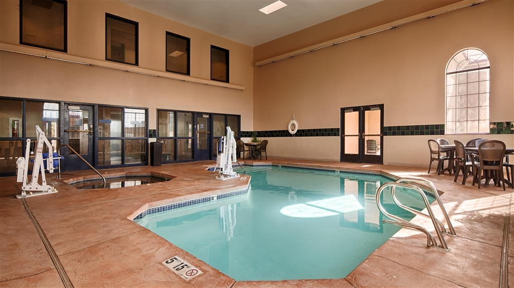Best Western Moriarty Heritage Inn - Indoor Pool