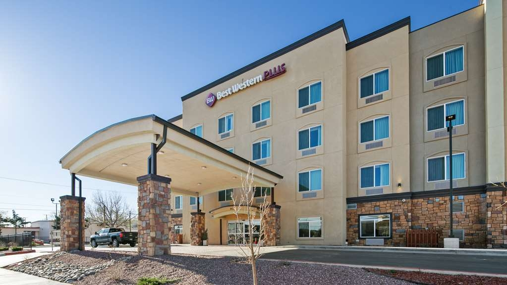 Best Western Plus Gallup Inn & Suites - Facciata dell'albergo